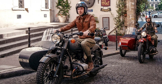 Retro Tour: Paris in a sidecar!