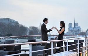 Luxury dinner cruise on the Seine river | Yachts de Paris
